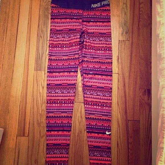 Nike Pants - NWOT Nike pro dri fit Leggings
